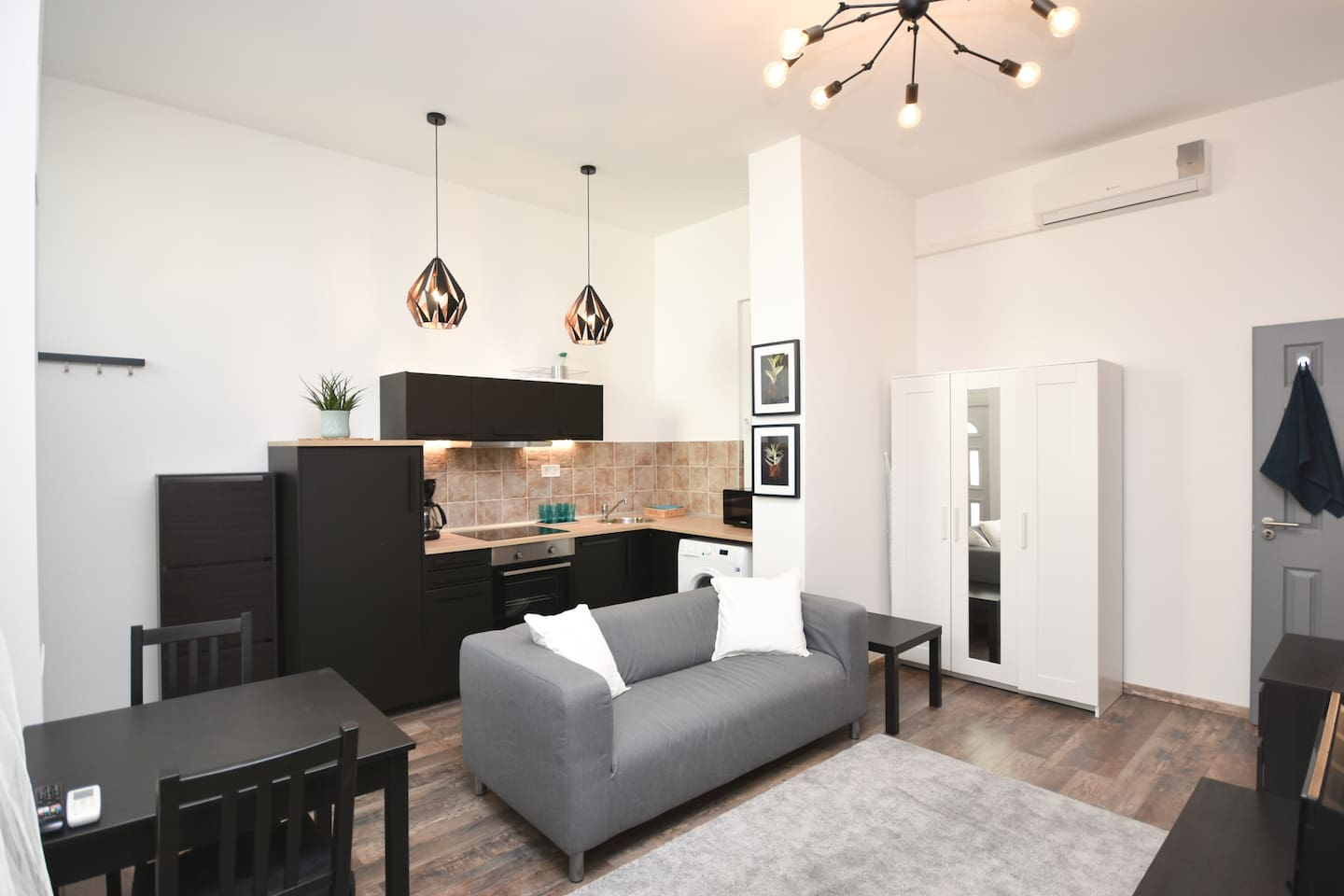 You can have a rest in this calm living room, after your long walks in the city of Budapest