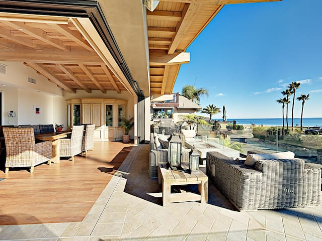 4BR Seaside Retreat w/ Ocean Views