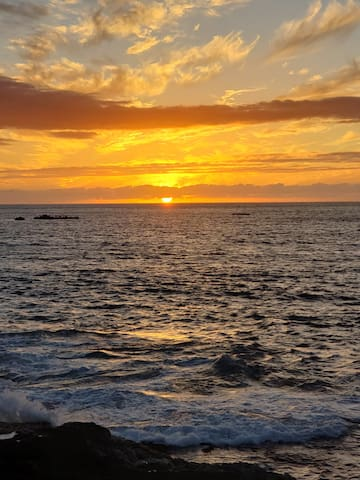 Spectacular Sunset in Kailua-Kona, HI.  Just another typical sunset view to enjoy.