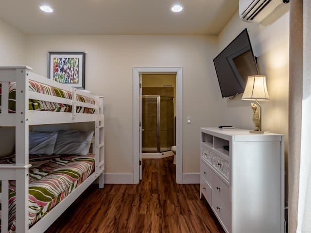 Caribe West A - Fourth Bedroom - Full/Full Bunk, Second Floor