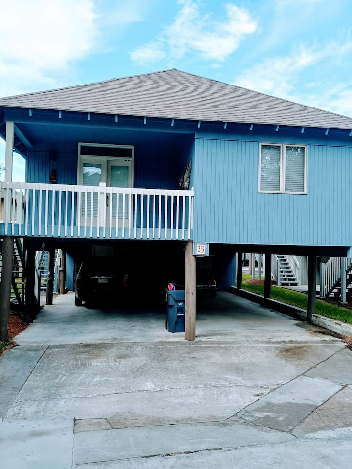 Totally Updated Beach House close to the Ocean.
