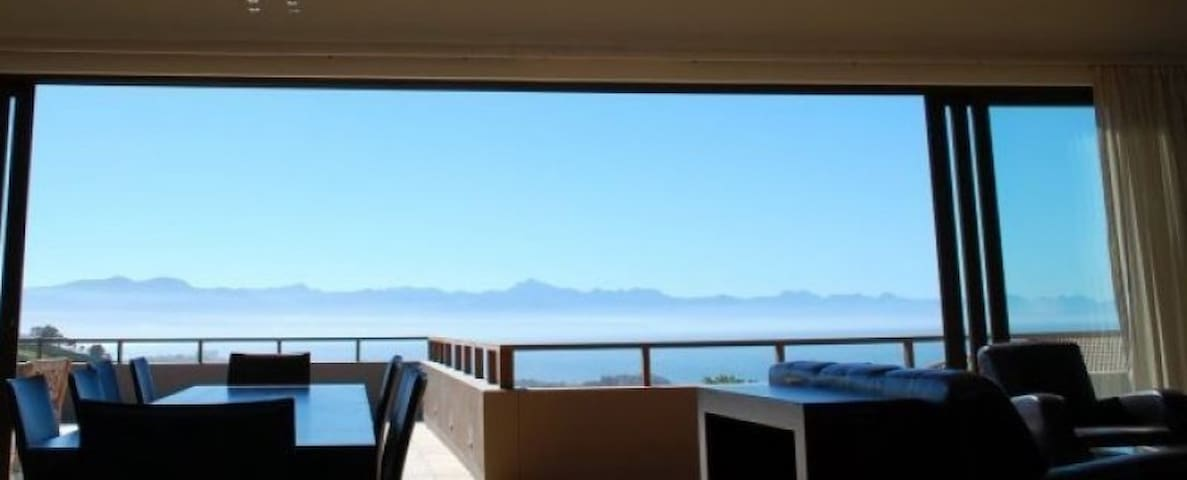 Modern luxury. Breathtaking views! - Plettenberg Bay - Daire