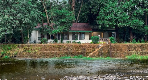 Kamal Farms 3 Bedroom Riverside Cottage