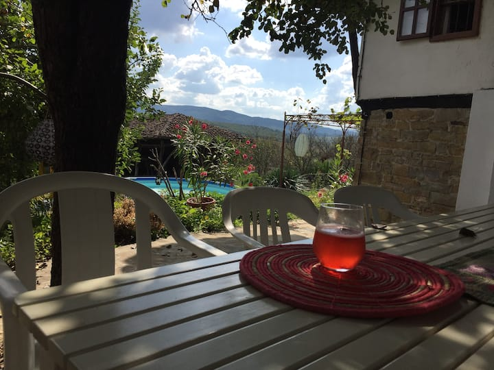 Kushta Marta, relaxing in authentic Bulgaria