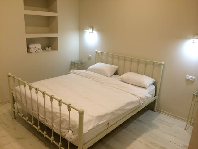Standard room with double bed at Villa Roca