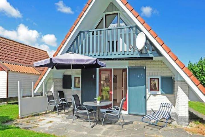 4 pers. Haus Lilian an der Gracht am Lauwersmeer