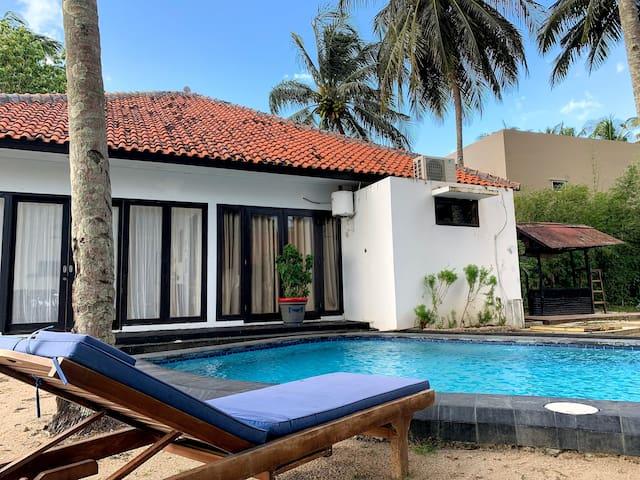 Bintang Laut Resort - Sea View A - Beach Front