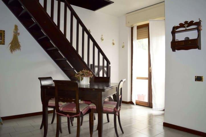 Casa vacanze sul Lago di Como - Dervio - Condominio
