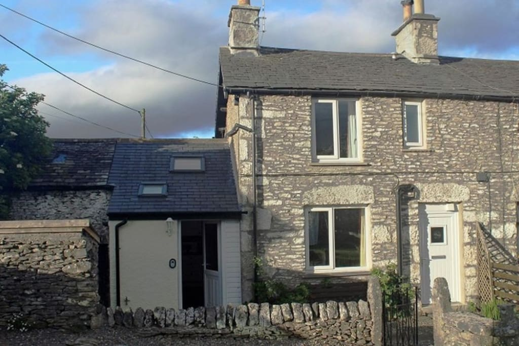 Limestone Cottage, Levens, self catering, Lakes Cottage Holidays