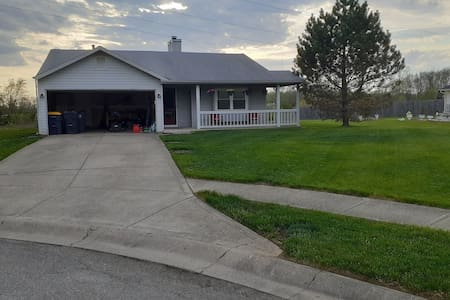 Beautiful home!! Just 3 minutes from the Casino