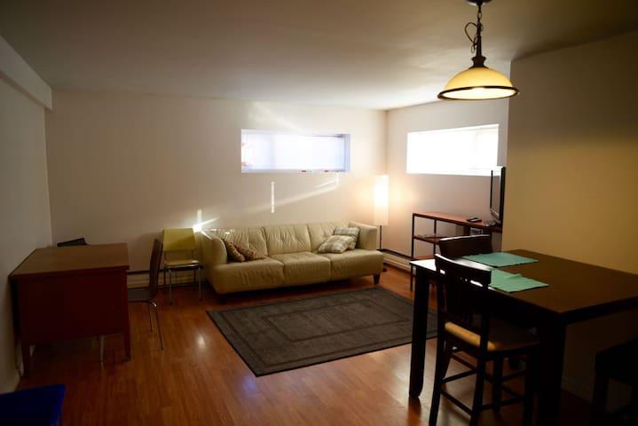 Alexander Street Suite