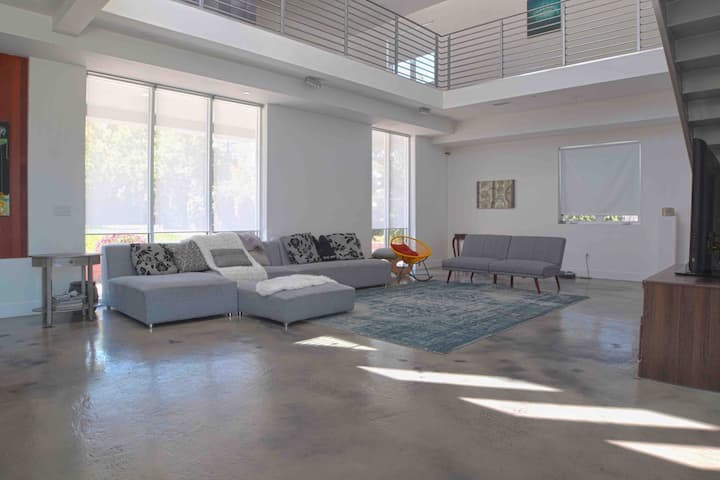 Room in a Stylish new home for rent