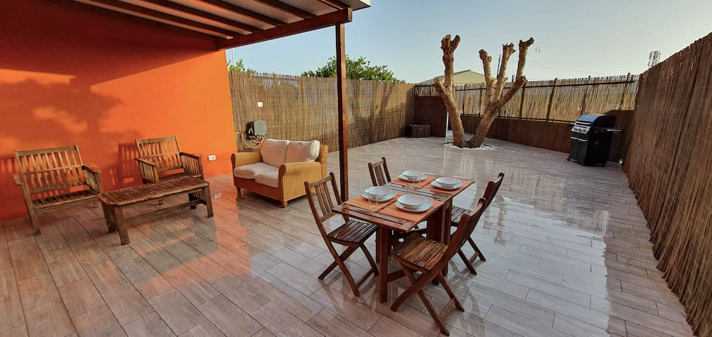 Apartment with garden in La Tejita Beach