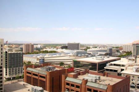Downtown SLC Best Location, Views! - Apartamento