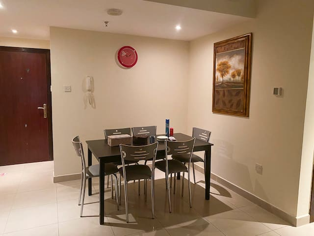 Private room 1 in a 2bhk | Amenities nearby