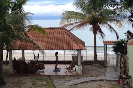 Beachfront relaxing Guesthouse - Farallon