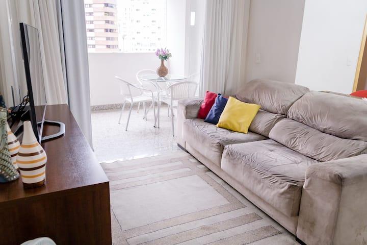Apto 3QTS clean e confortável em área nobre de BH
