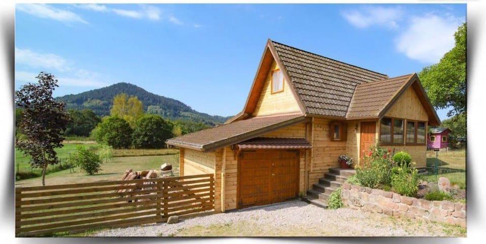 Charmant chalet Vosges avec terrasse couverte