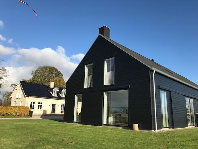 Modern+cosy apt close to Cph