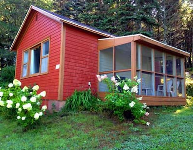 Woodsong Cottage
