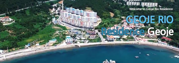 48평규모의 바다가 보이는 숙소 거제리우 레지던스로 당신을 초대합니다.