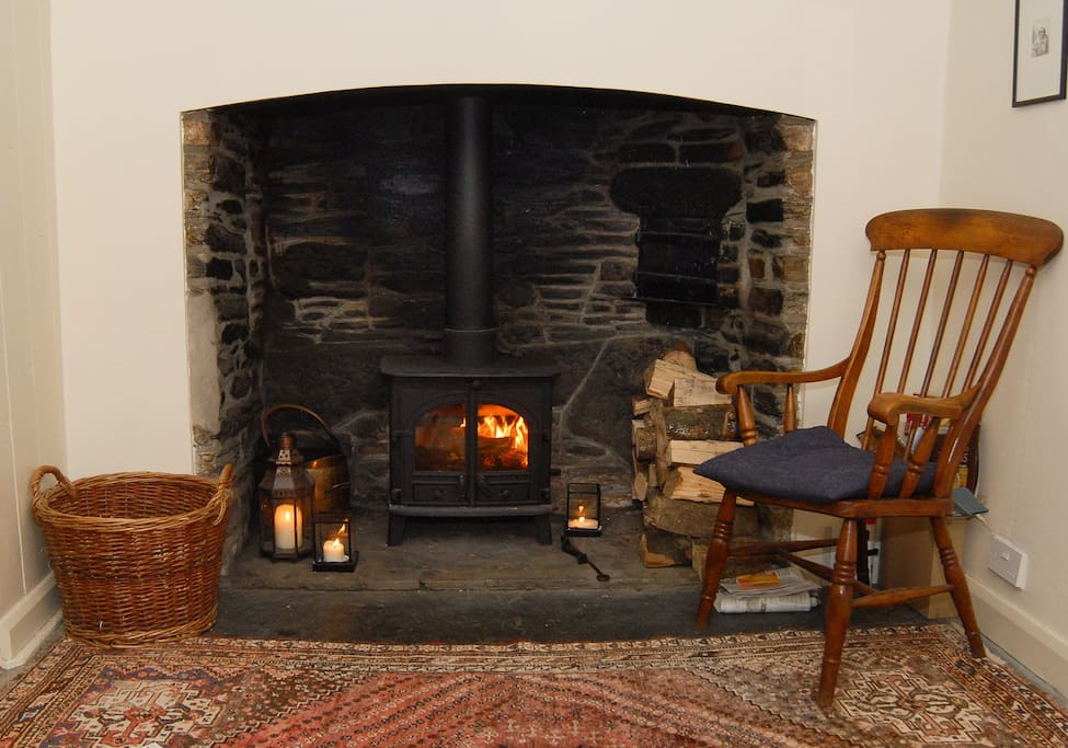 Cosy wood burner in the middle room