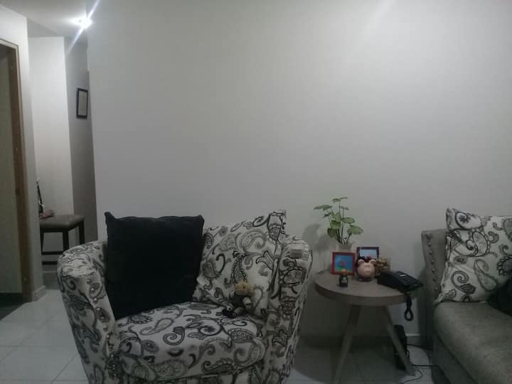 MX City,nice room,close to business/ turistic zone