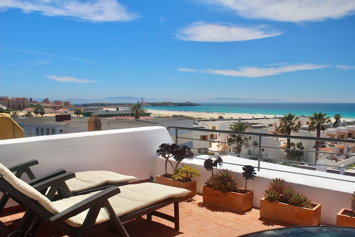 Beachfront Penthouse Apartment - Los Lances