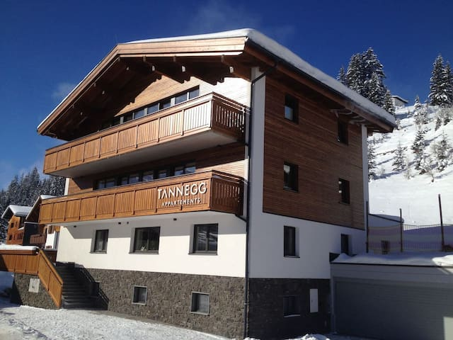 New large apartment for 2 in Tannegg in Lech
