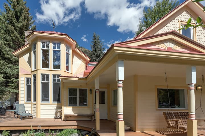 Enjoy this Amenity-Filled Retreat Ideally Located in Town with Views of the Ski Hill