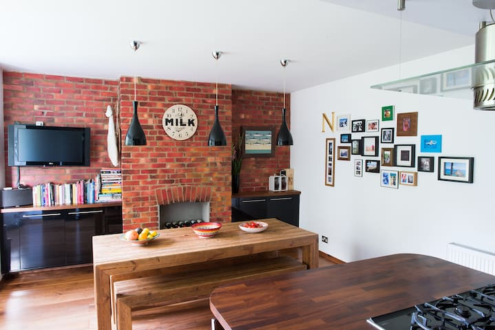 Stunning open plan living 10 mins from the beach - Poole - Appartement