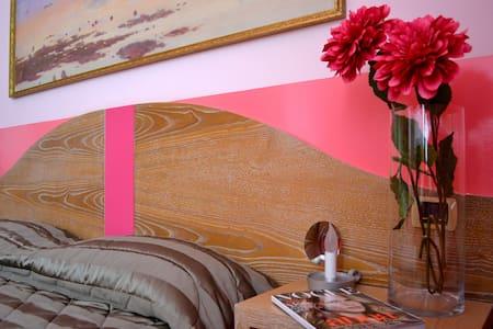 Una stanza nel borgo di san leucio - Caserta