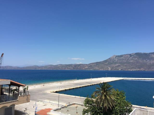 Beautiful flat with sea view - Kórinthos - Lägenhet