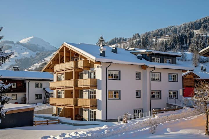 Modern Apartment near Ski Area in Brixen im Thale