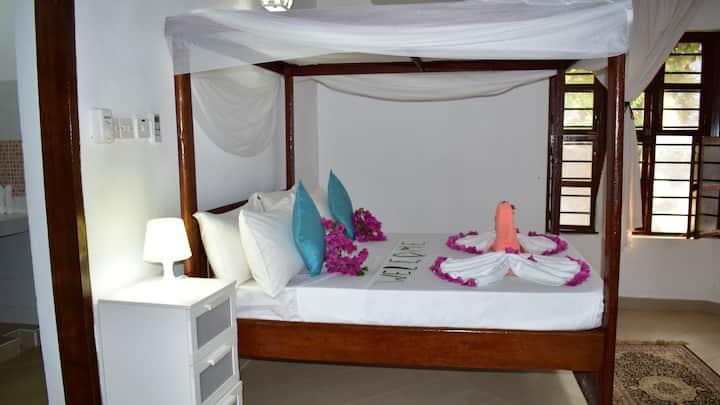 MBV HOTEL &ANNEX- APARTMENTS,ROOMS,VILLAS  SUITES