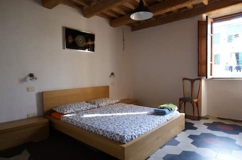 Room near the sea in the center of the town