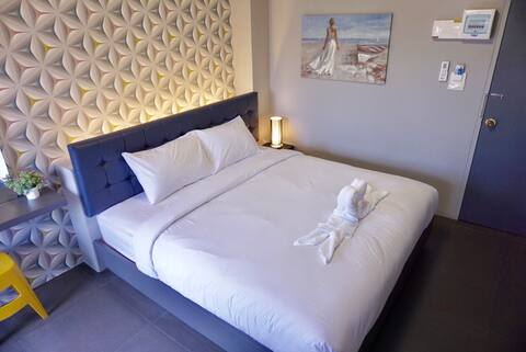 Bhundaree Richy : Deluxe King Bed Room 1
