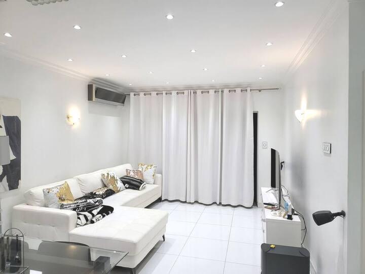 5star exclusive furnishd luxury penthouse umhlanga