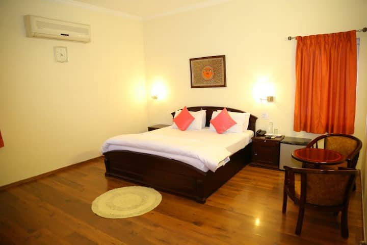 Premium DBL Room@Madhapur