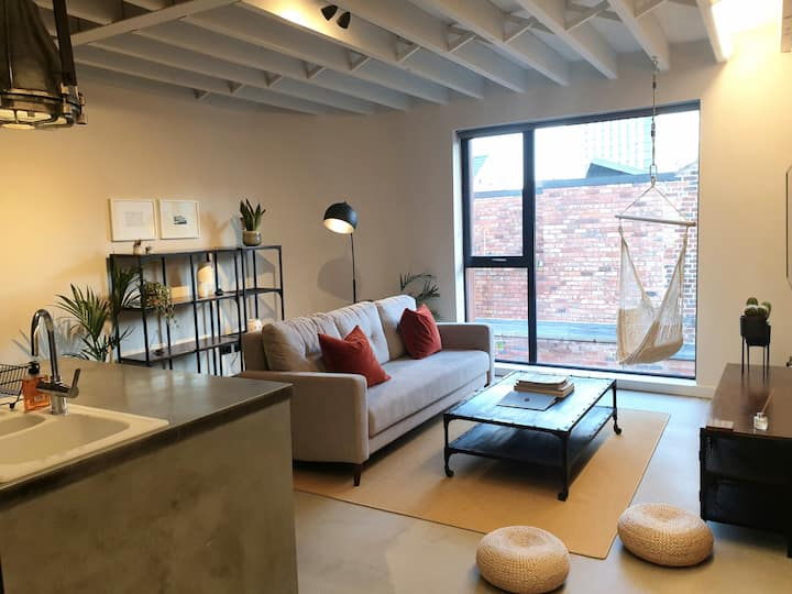 Scandi-Style Loft Apartment for up to Six People