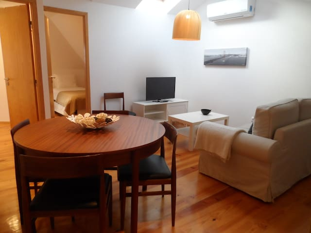 Bright and Cosy two bedroom Attic - Lisboa - Appartement