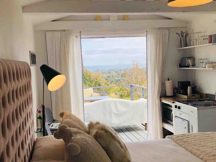 Malibu Charming Guesthouse, 2mins Driving to Beach