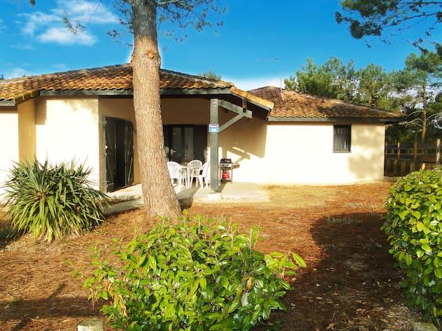 Villa avec jardin, piscine, proche golf & océan