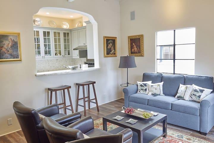 Carmel cozy meets luxury