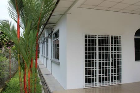 Taiping Nest Deluxe Home Package A (3 Rooms) - Taiping - Hus