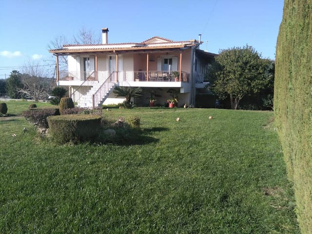 Luxury country house close to the beaches of Ilia!