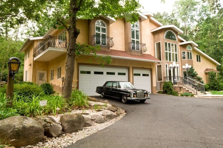 Bucks County Euro Retreat with Indoor Pool and Spa
