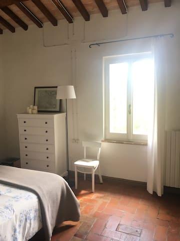 Stanza in casa di campagna - Spoleto - Casa