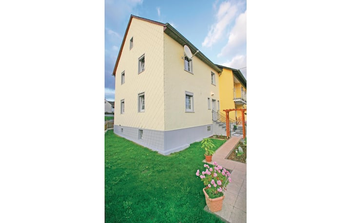 Holiday cottage with 3 bedrooms on 100m² in Ellscheid