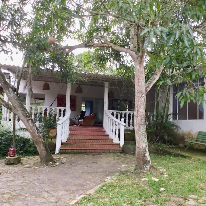 Exterior de la Casa(2)